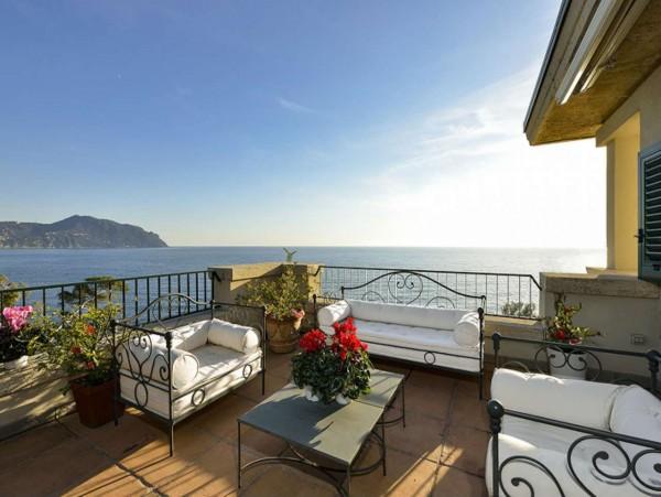Appartamento in vendita a Pieve Ligure, Con giardino, 180 mq