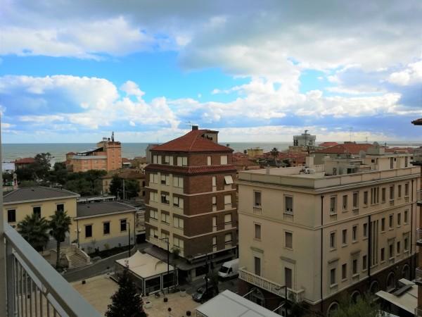 Appartamento in vendita a Porto San Giorgio, Centro, 100 mq
