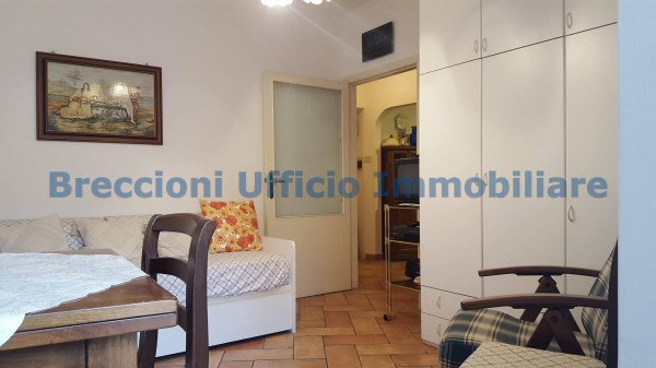 Appartamento in affitto a Trevi, Centro, 40 mq