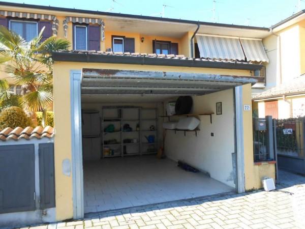 Villa in vendita a Sergnano, Residenziale, Con giardino, 134 mq