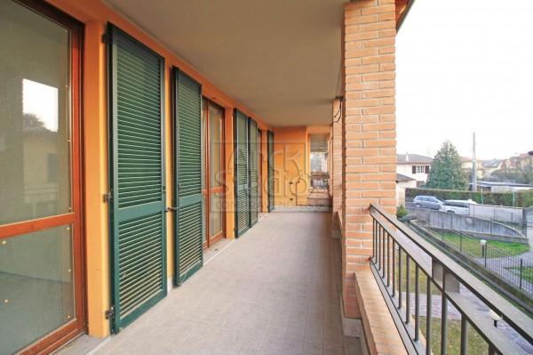 Appartamento in vendita a Cassano d'Adda, Con giardino, 115 mq