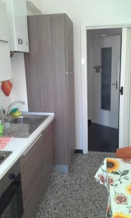 Appartamento in affitto a Imperia, 55 mq