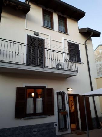 Casa indipendente in vendita a Caronno Pertusella, Arredato, con giardino, 105 mq - Foto 3