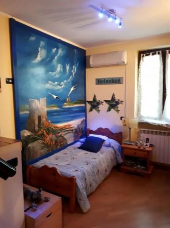 Casa indipendente in vendita a Caronno Pertusella, Arredato, con giardino, 105 mq - Foto 9
