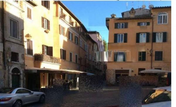 Appartamento in vendita a Roma, 70 mq