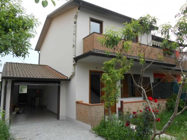 Villa in vendita a Casaletto di Sopra, Residenziale, Con giardino, 143 mq