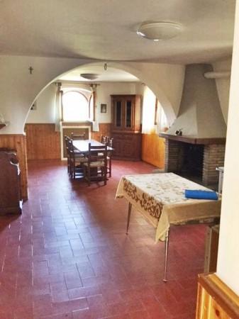Appartamento in vendita a Città di Castello, Valdipetrina, Con giardino, 200 mq