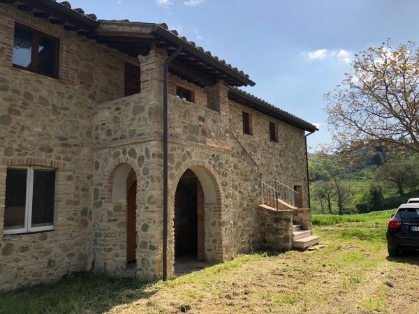 Rustico/Casale in vendita a Bettona, Bettona, Con giardino, 240 mq