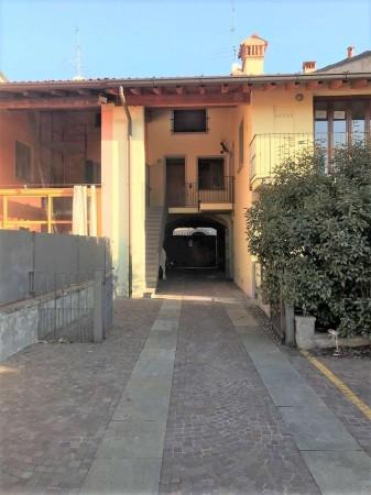 Appartamento in vendita a Coccaglio, Centro Del Paese, 80 mq
