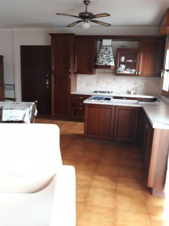 Appartamento in vendita a Modena, Con giardino, 95 mq