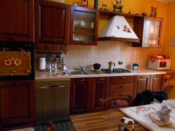 Villa in vendita a Casaletto Vaprio, Residenziale, Con giardino, 159 mq