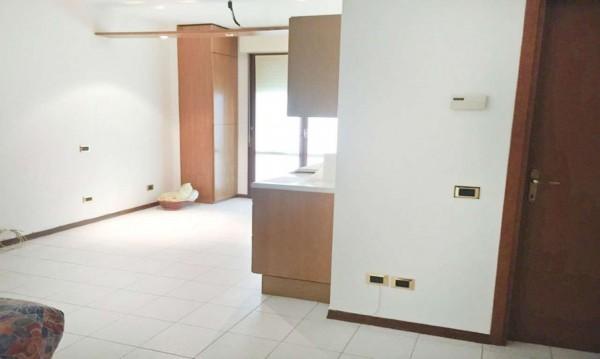 Appartamento in vendita a Cornaredo, 55 mq