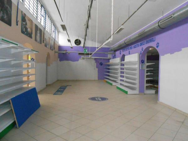 Locale Commerciale  in vendita a Peschiera Borromeo, 950 mq - Foto 48