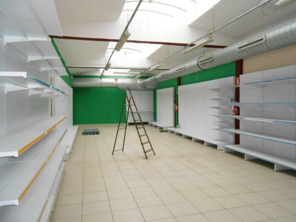 Locale Commerciale  in vendita a Peschiera Borromeo, 950 mq - Foto 40