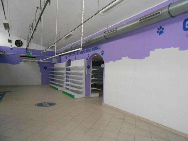 Locale Commerciale  in vendita a Peschiera Borromeo, 950 mq - Foto 31