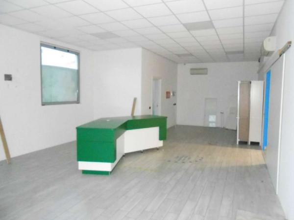 Locale Commerciale  in vendita a Peschiera Borromeo, 950 mq - Foto 39
