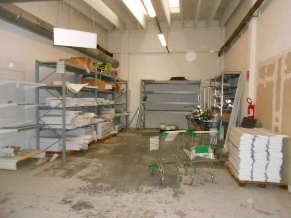 Locale Commerciale  in vendita a Peschiera Borromeo, 950 mq - Foto 15