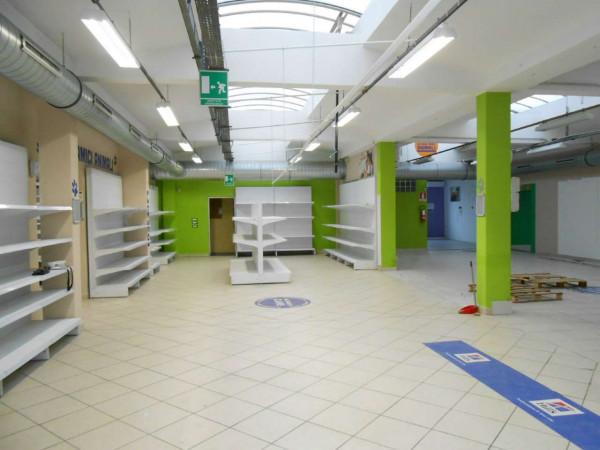 Locale Commerciale  in vendita a Peschiera Borromeo, 950 mq - Foto 43