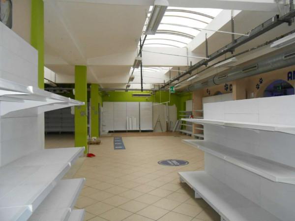 Locale Commerciale  in vendita a Peschiera Borromeo, 950 mq - Foto 46