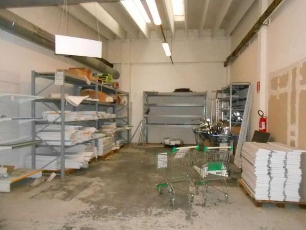 Locale Commerciale  in vendita a Peschiera Borromeo, 950 mq - Foto 16
