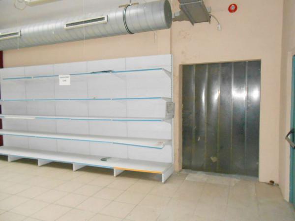 Locale Commerciale  in vendita a Peschiera Borromeo, 950 mq - Foto 26