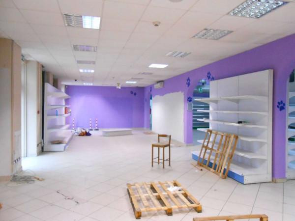 Locale Commerciale  in vendita a Peschiera Borromeo, 950 mq - Foto 49
