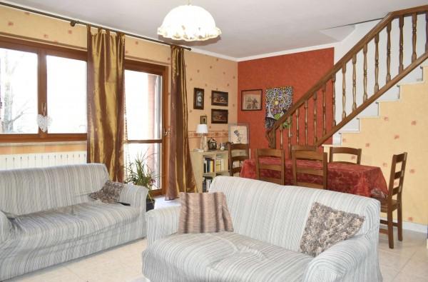 Villetta a schiera in vendita a La Cassa, Colverso, Con giardino, 170 mq