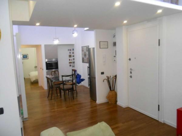 Appartamento in vendita a Genova, Adiacente Via Della Libertà, 85 mq