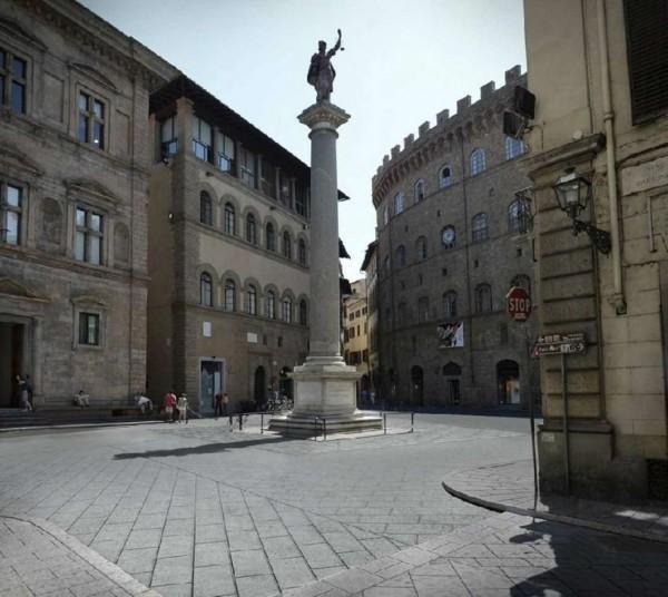 Negozio in affitto a Firenze, Piazza Santa Trinità, 65 mq
