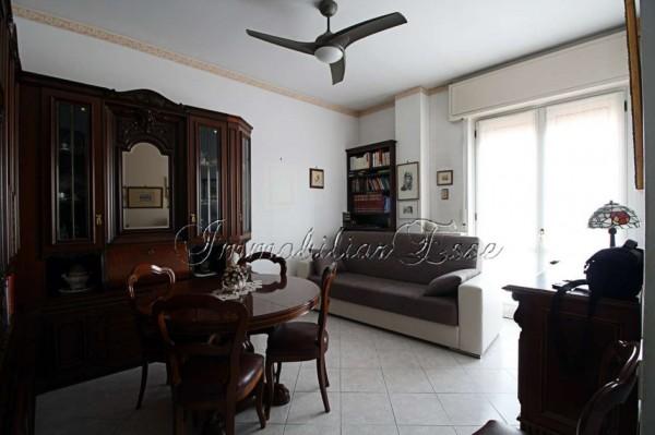 Appartamento in vendita a Rho, Corso Europa, Arredato, con giardino, 55 mq