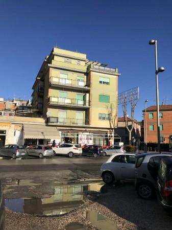 Appartamento in vendita a Pomezia, Torvaianica, 65 mq