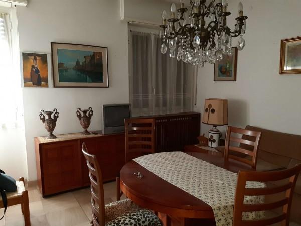 Casa indipendente in vendita a Cinisello Balsamo, Centro, Arredato, 160 mq