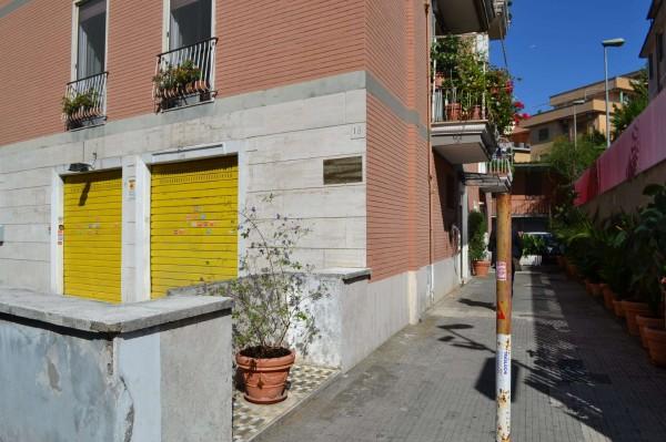 Locale Commerciale  in affitto a Roma, Bravetta - Foto 3