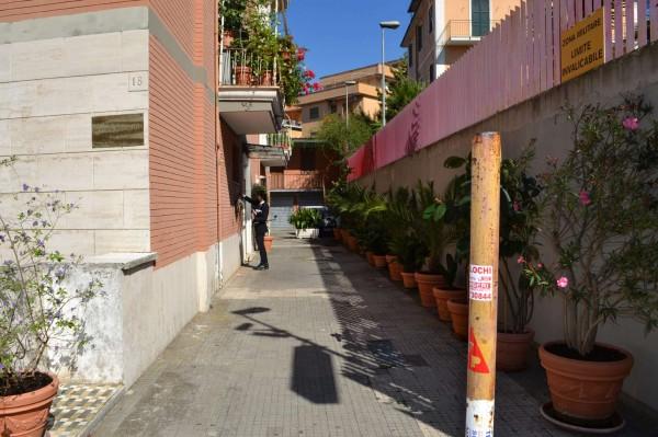 Locale Commerciale  in affitto a Roma, Bravetta - Foto 2