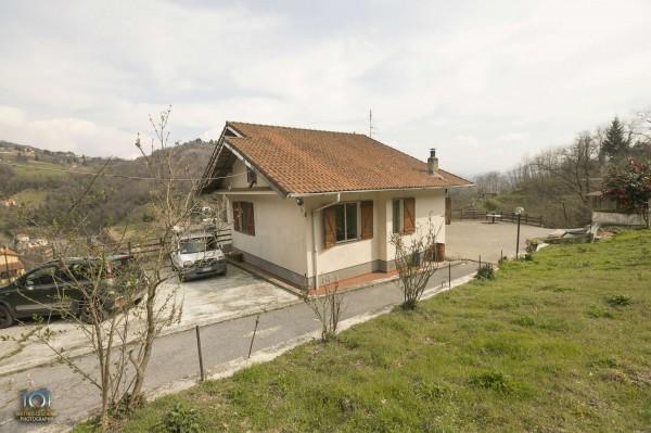 Villa in vendita a Campomorone, Con giardino, 150 mq
