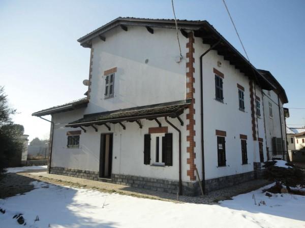 Casa indipendente in vendita a Alessandria, Con giardino, 160 mq