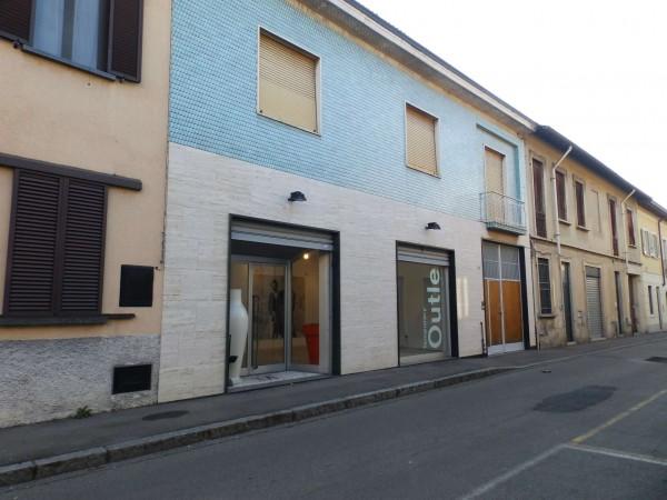 Appartamento in vendita a Seregno, 150 mq