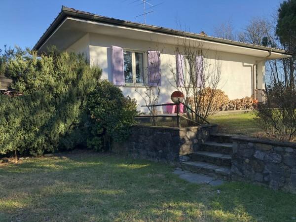 Villa in vendita a Leggiuno, Con giardino, 180 mq