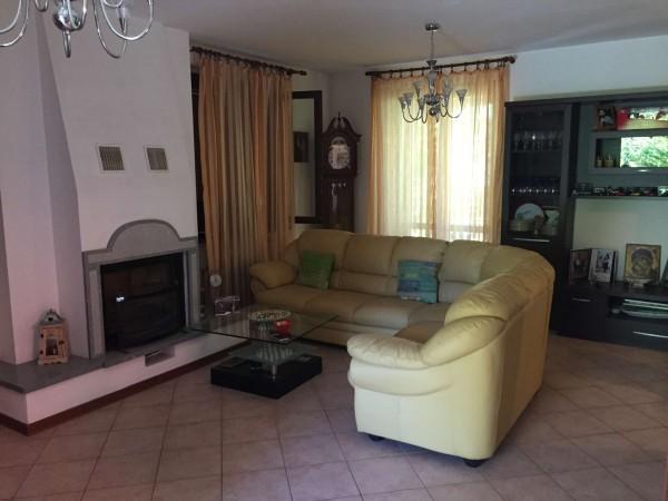 Villa in vendita a Casale Litta, Con giardino, 250 mq
