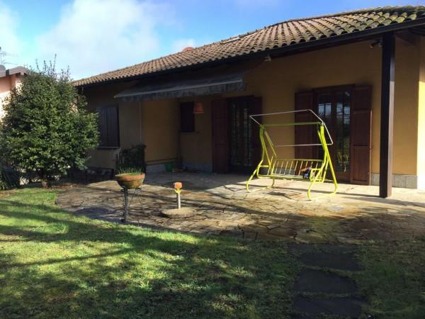 Villa in vendita a Gavirate, Voltorre, Con giardino, 300 mq