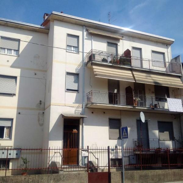 Immobile in vendita a Gorla Minore, Ospedale, 878 mq