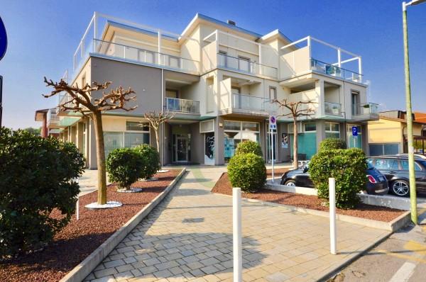 Appartamento in vendita a Cesenatico, Villamarina, 108 mq