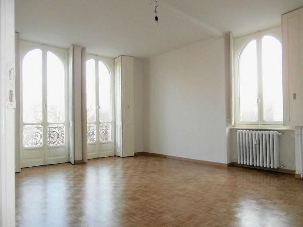 Appartamento in affitto a Torino, San Secondo, 95 mq