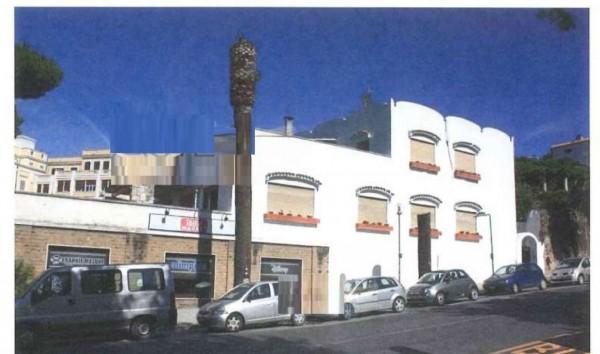 Casa indipendente in vendita a Anzio, 325 mq