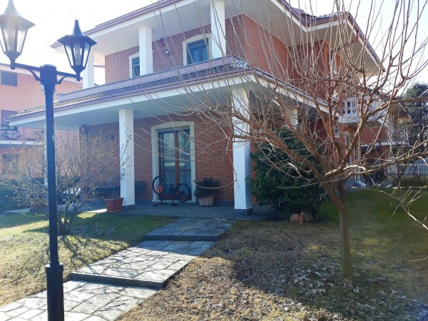 Villa in vendita a Robassomero, Centro, Con giardino, 273 mq