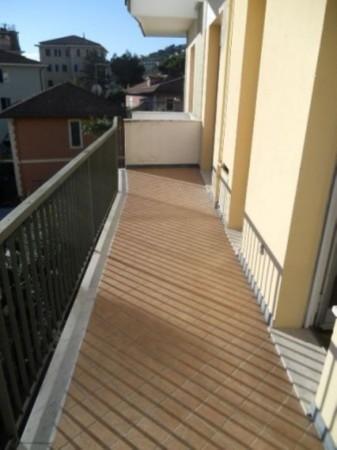 Appartamento in vendita a Rapallo, 90 mq