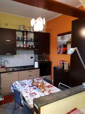 Casa indipendente in affitto a Caronno Pertusella, Centro / Stazione, Arredato, 105 mq - Foto 15