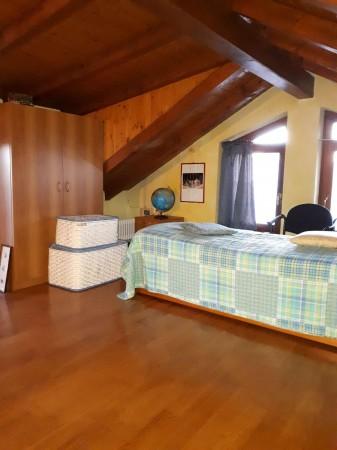Casa indipendente in affitto a Caronno Pertusella, Centro / Stazione, Arredato, 105 mq - Foto 2