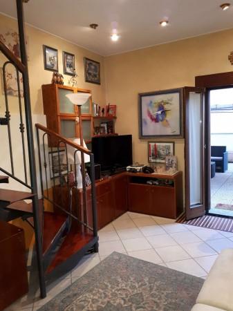 Casa indipendente in affitto a Caronno Pertusella, Centro / Stazione, Arredato, 105 mq - Foto 11