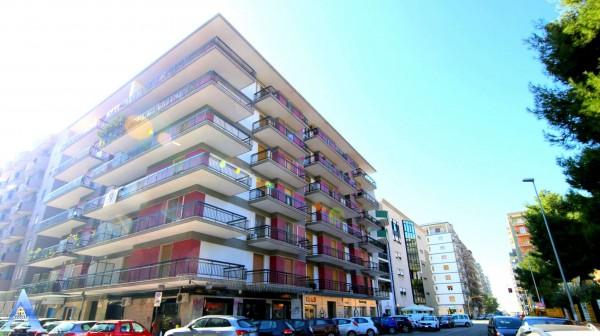Appartamento in affitto a Taranto, Rione Italia, Montegranaro, 90 mq